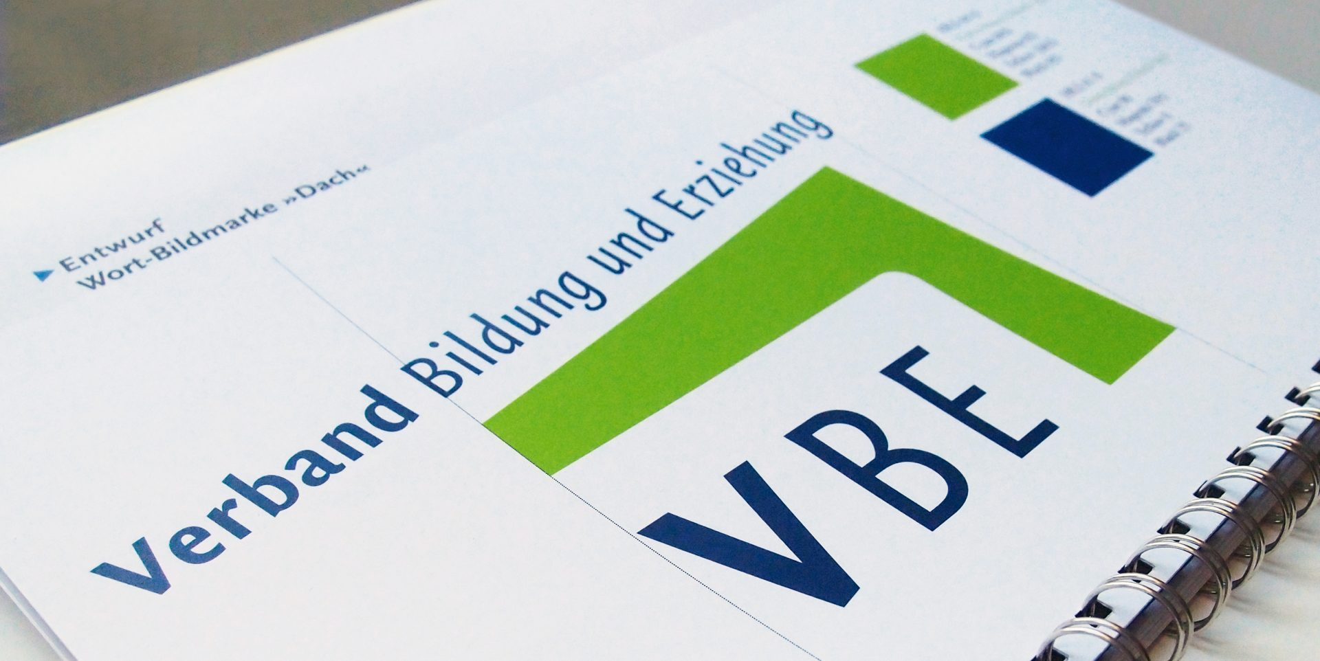 Designmanual für das neue Corporate Design des VBE - Typoly