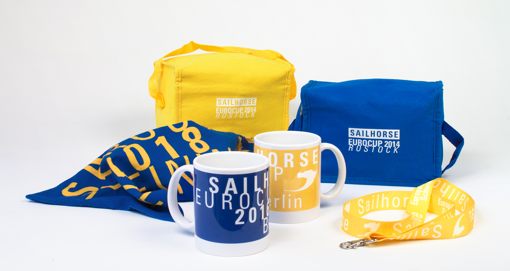 Give-Aways und Preise mit Logo im Corporate Design - Typoly