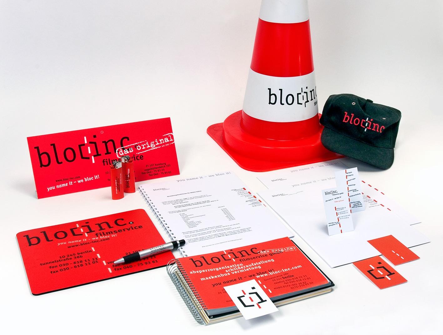 Geschäftsausstattung und Merchandizing-Produkte im Corporate Design - Typoly